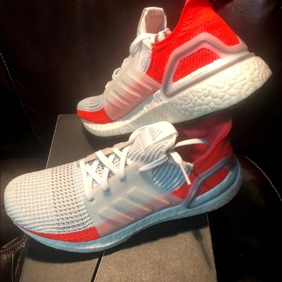 Adidas UltraBoost 19 - Size 7(men) = 8(women)